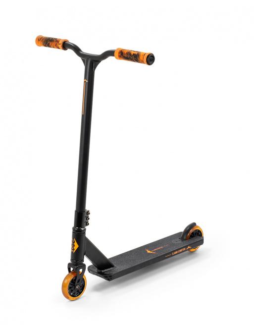 Freestyle koloběžka Slamm Classic V8 Black/Orange