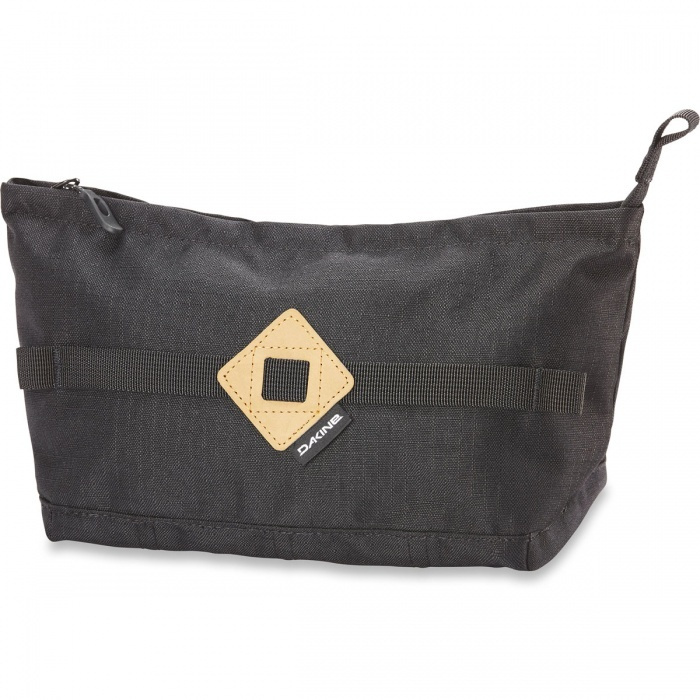 DOSE AND COSMETIC BAGS
